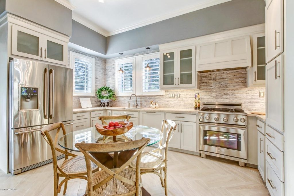 Edgewood Kitchen Home staging